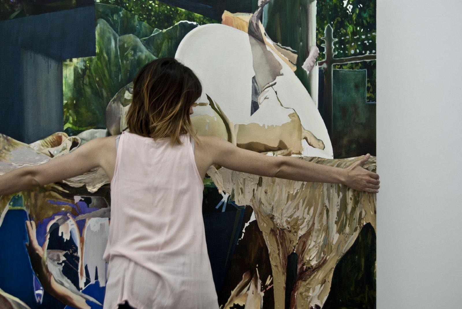 Nina Paszkowski preparando 'Entreacto' en Maisterra Valbuena