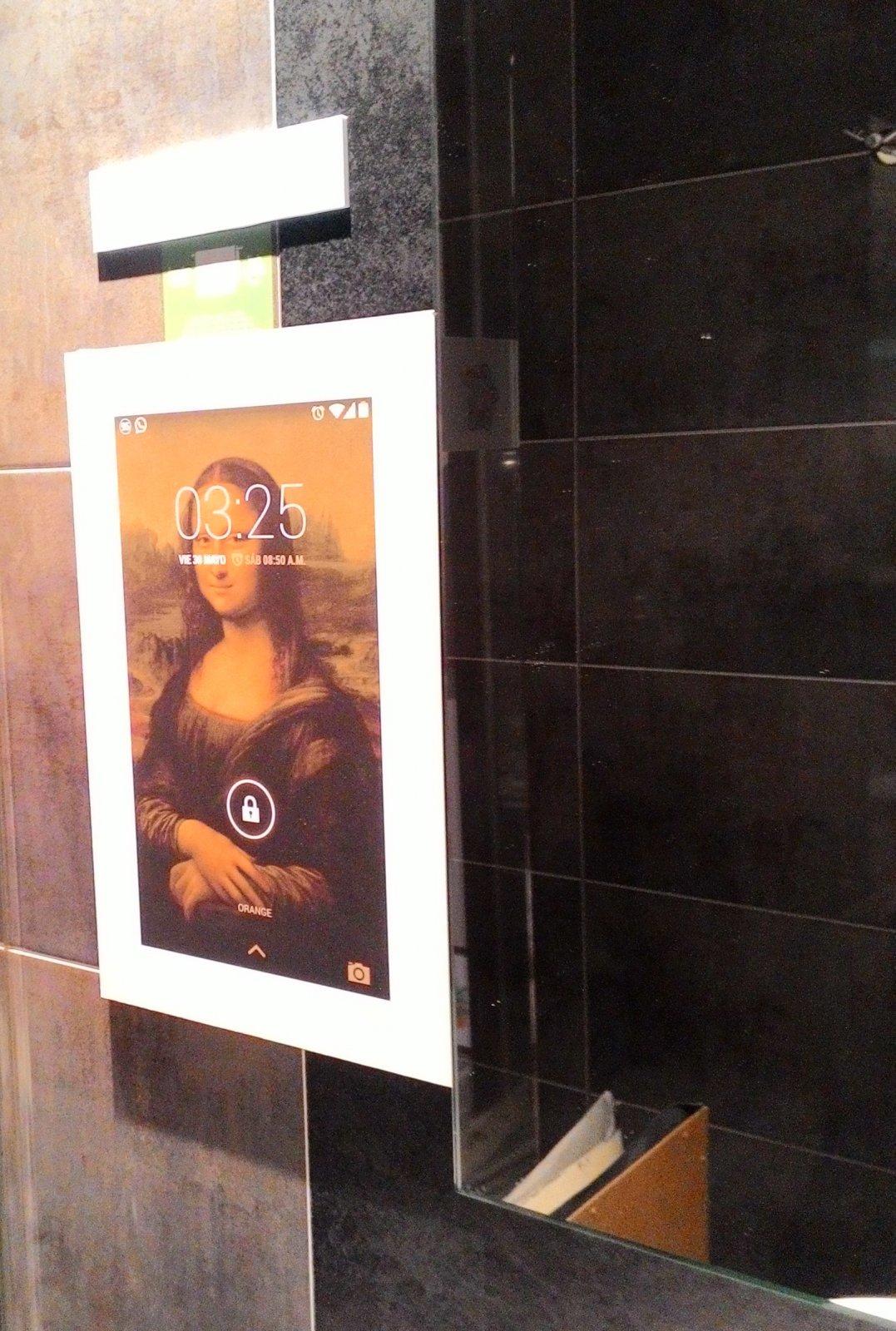 Obra de Samuel Nieto en la habitación de Raum E116