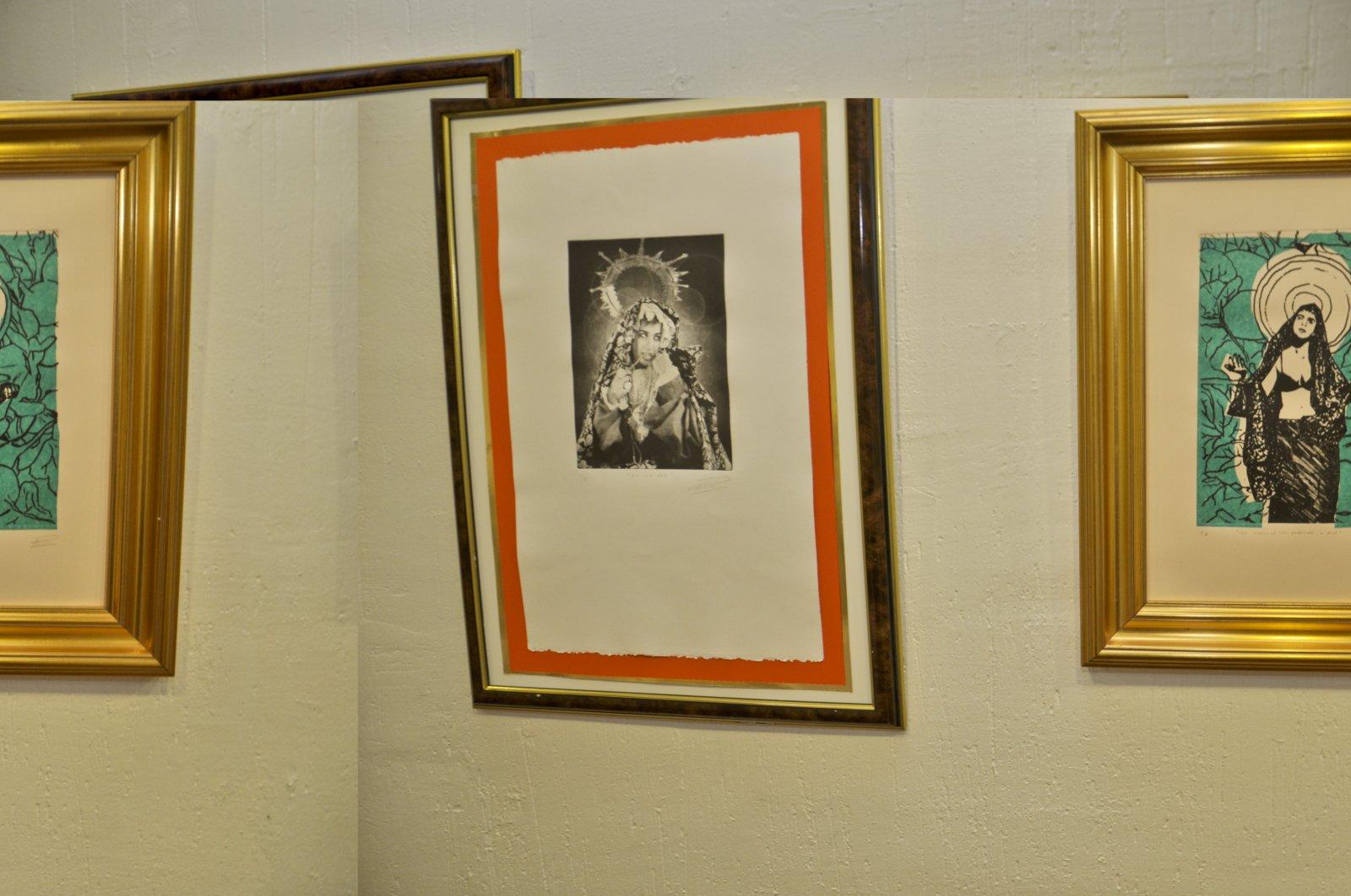 8. Detalle de una serie de inquietantes grabados sobre la Virgen.