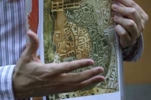 6. En el mapa se distingue en distintos colores el crecimiento de Madrid, de fortaleza a pequeña ciudad.