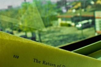 Leer y viajar en tren, perfecta combinación. Foto de Mish Sukharev (cc)