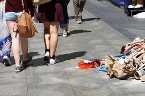 Moda, mensajes encubiertos y violencia: una historia de Yolanda Domínguez