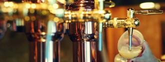 Sirviendo_cerveza_nokton