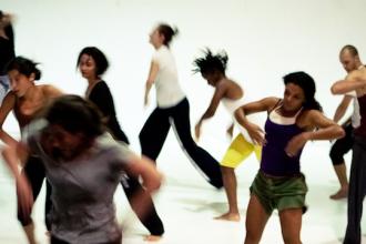 La danza es un lenguaje. Foto de Oficina Danza Contemporanea (cc)