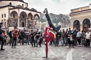 Bailar para recuperar espacios públicos