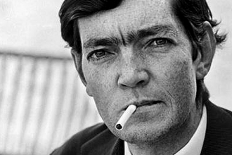 Cortázar, cumpleaños del cigarro sempiterno