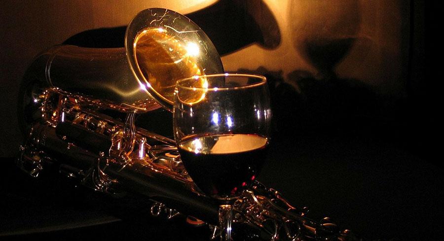 vino-musica-pixabay-nokton-magazine