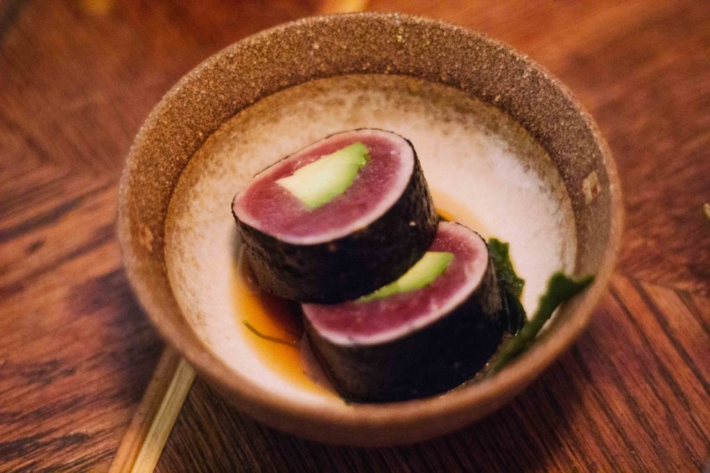 Omoni: dónde comer buen sushi.