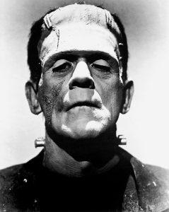 Boris Karloff como Frankestein.