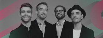 """Alberto Anaut (voz y guitarras), Gabriel Casanova (teclados), Javier Geras (bajo eléctrico y coros) y Javier """"Skunk"""" Gómez (batería y coros)."""