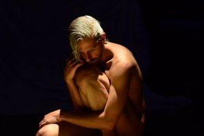 """Santi Senso: """"Cada acto íntimo viene de un impulso visceral y honesto"""""""
