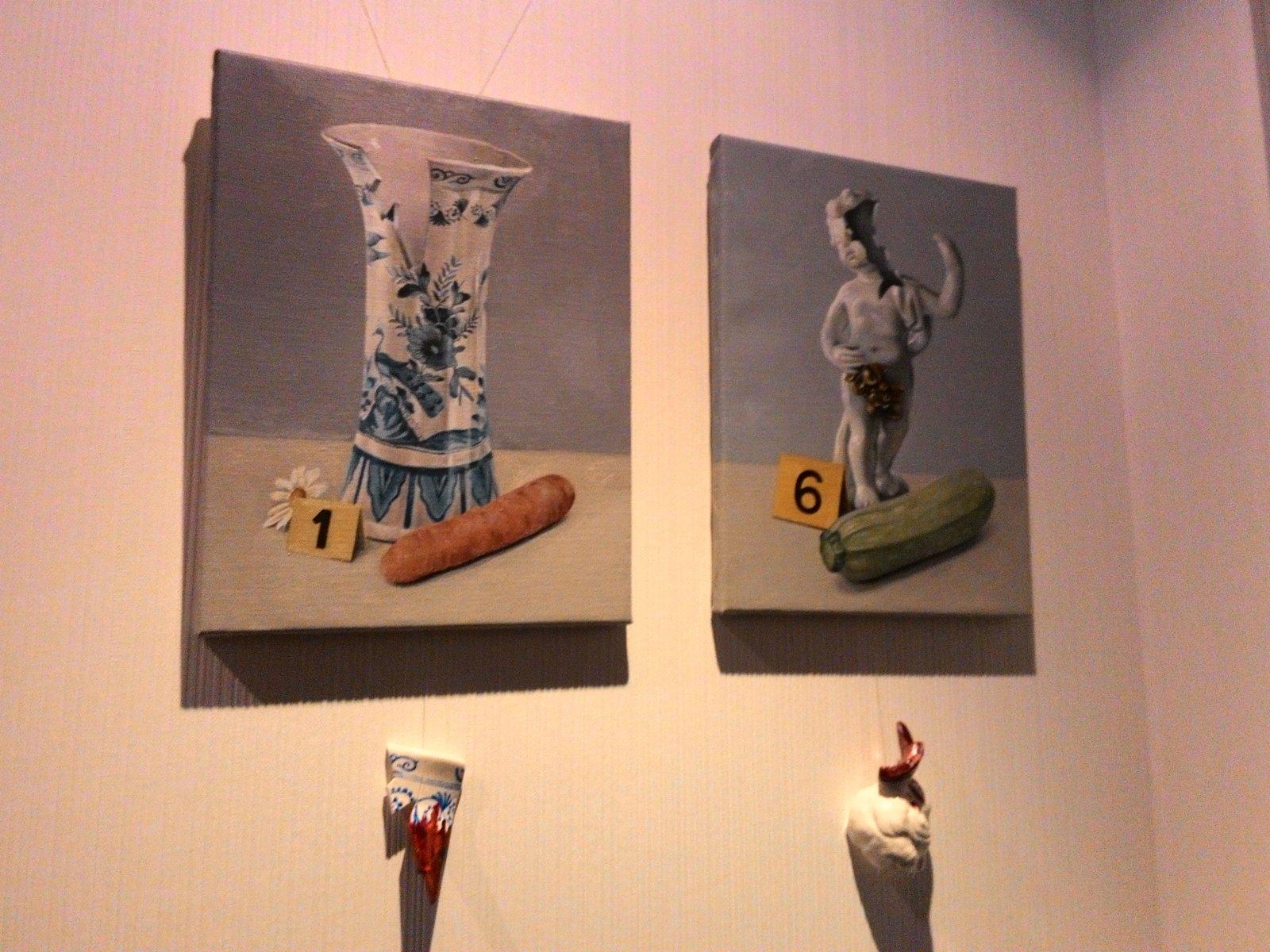 Obra de Francisco Buenavida en la habitación de Un Gato En Bicicleta