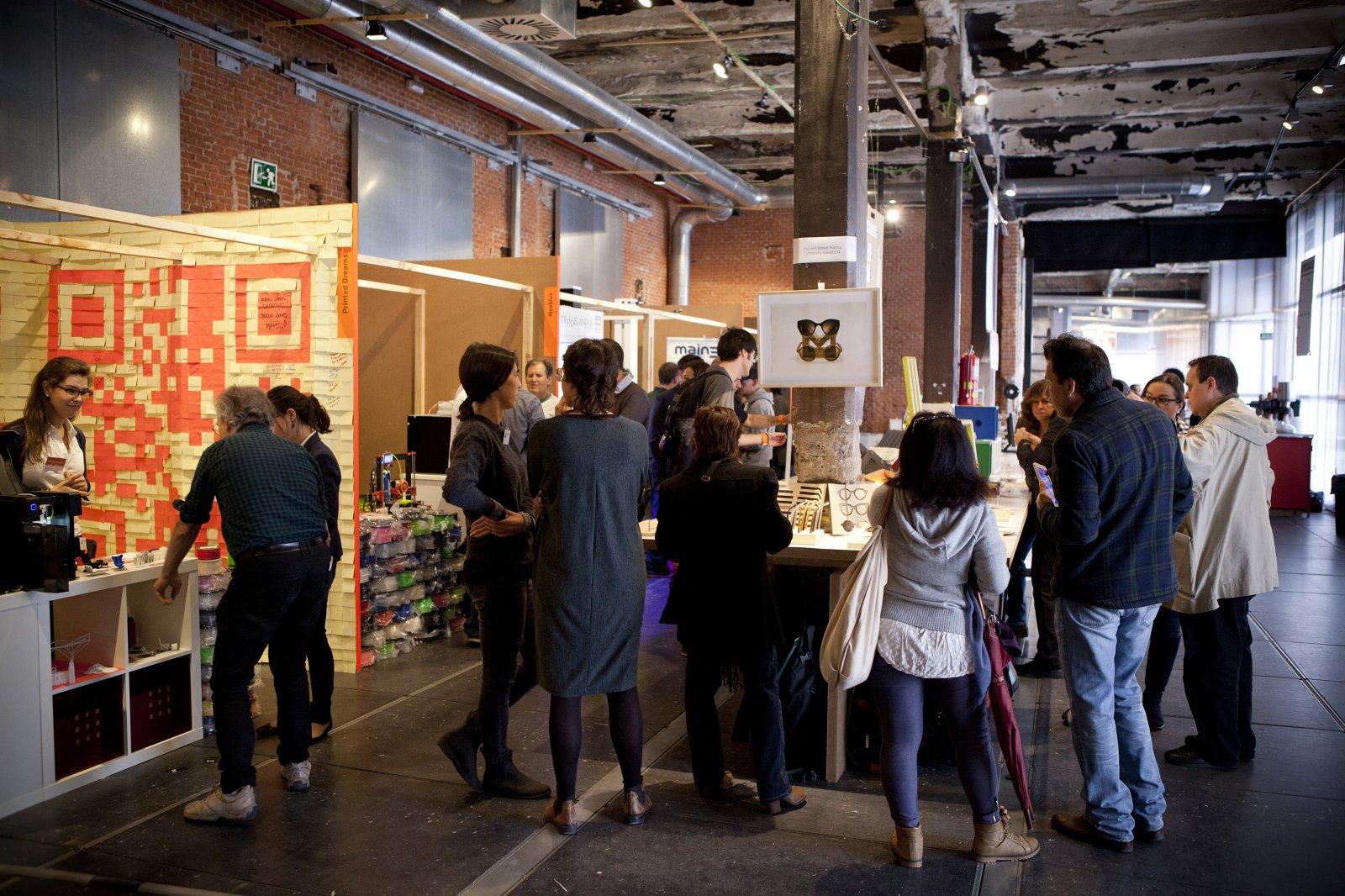 Visitantes en Replic_age Fair