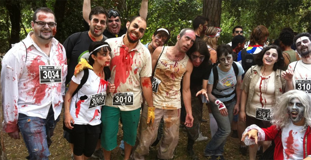 Corriendo entre zombis