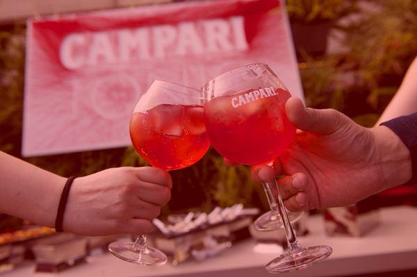 campari_tonic_red_suite