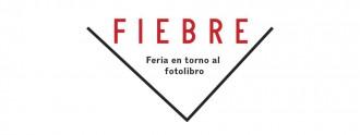 Logo de Fiebre Photobook.