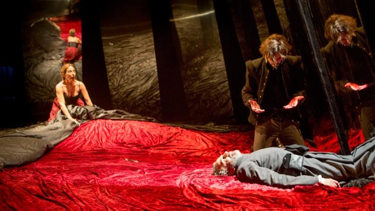 Hamlet (Pablo Gómez-Pando) no lava las manos a la conciencia