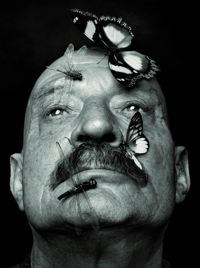 El poeta José Hierro retratado por Alberto Schommer.