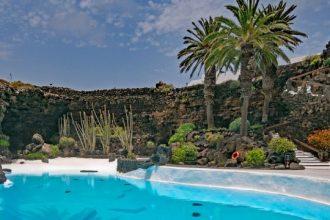 Una parte de los Jameos del agua en Lanzarote.