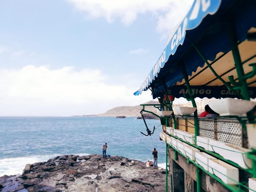 Chiringuito Amigo Camilo en la Playa de las Canteras.