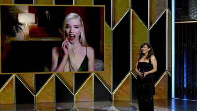 La protagonista de 'Gambito de dama' en la gala de este 2021.